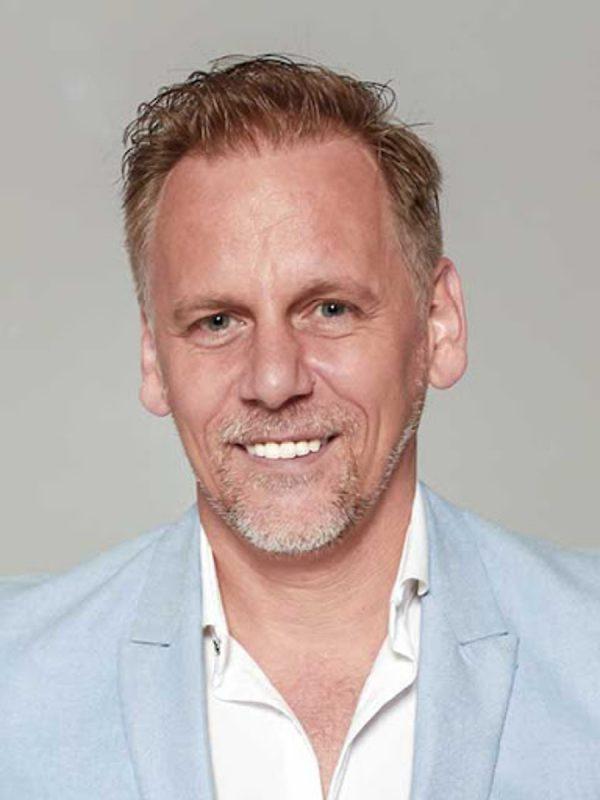 Zsiga Henrik mentor